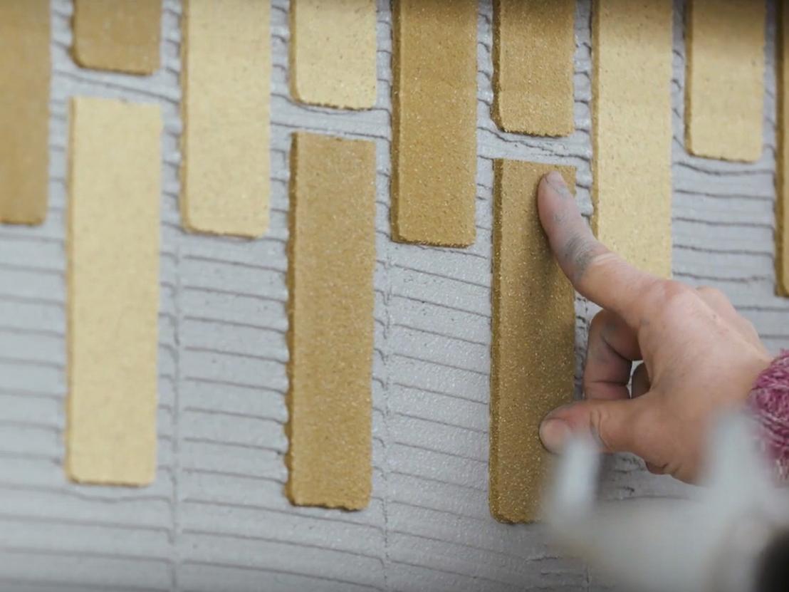 De (handmatig aangebrachte) minerale steenstrips zijn dun, lichtgewicht en duurzaam en dragen bij aan hoge isolatiewaarde van de woningen.